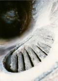 Дренажная решётка котла, заросшая отложениями